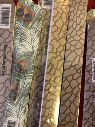 NAIL FILE 12 FILES BATH WORKS INCLUDES 2 TWEEZER